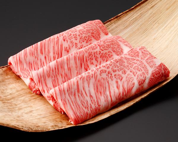 《三重県産》松阪牛 (肩ロース) すき焼 1,000g(竹皮) 011681