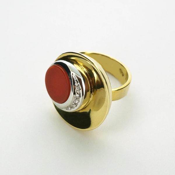 K18 イエロー・ホワイトゴールド サンゴ ダイヤモンド リング イタリア製指輪 珊瑚 ゴールド k18 18k 18金 レディース ジュエリー ギフト プレゼント ラッピング 送料無料