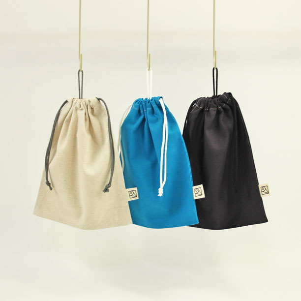 コンパクトに引っ掛けられる コットンリネンのループ付き巾着袋 新作続 給食袋 2cm刻みでサイズが選べる 24cm×20cm アウトレットセール 特集 Japan loop-LL 大人の綿麻キャンバス Made in