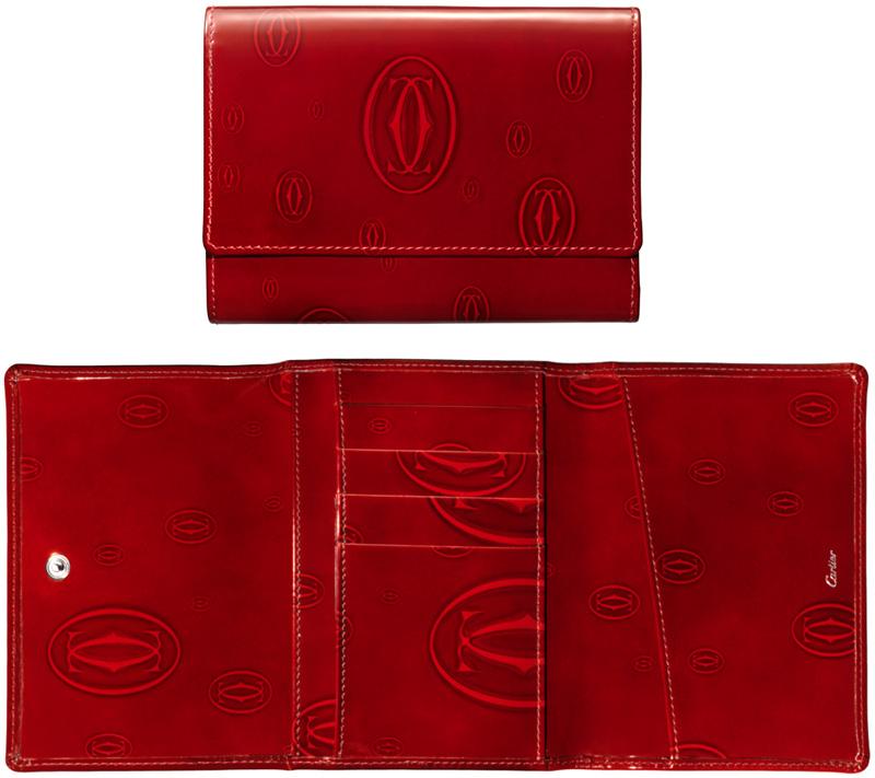 Cartier カルティエ三つ折りカードケースダブルCロゴ ハッピーバースデイワインレッド ヴァーニッシュカーフスキンレザーボルドー パスポートホルダーSMALL LEATHER GOODSHAPPY BIRTHDAY PASSPORT HOLDER新品未使用 【中古】