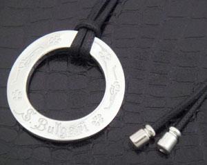 宝格丽 125 周年纪念限量版,拯救儿童的周年纪念吊坠和项链宝格丽保存孩子 CL855372 周年纪念挂件