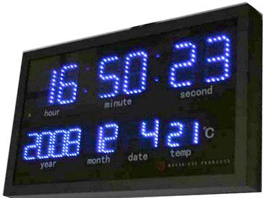 暗闇でもはっきり時間が確認できるLEDクロック暗いお部屋では内臓の光センサーが室内の明るさを感知してLEDの照度を低くして見やすくする自動調整壁掛け時計ブラックフレーム×ブルーLED ×レッドLED CLOCK日付け表示付き 時間・年・月・日・室内温度