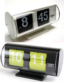 TWEMCO コンパクト パタパタクロックデジタルクロックトゥウェムコ 置き時計ブラック×ホワイト ブラック グリーン×ブラック オレンジ×グレーカプセル オレンジイエロー レッド ブラウン グレー PATAPATA