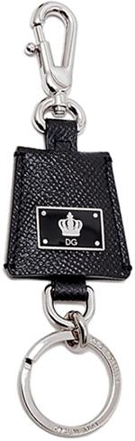 DOLCE&GABBANA D&Gドルチェ&ガッバーナドルガバ キーーホルダーDGクラウンロゴブラックプレートトロピーゾイド型押しカーフレザーロゴ刻印キーリング&フックディー&ジー 80999BK Trapezoid KEYHOLDER