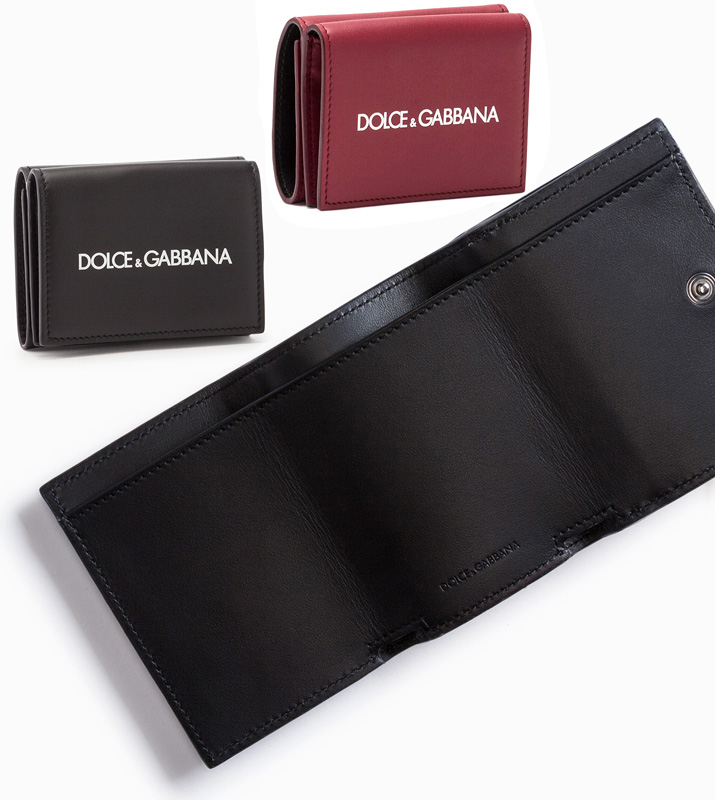 DOLCE&GABBANA D&Gドルチェ&ガッバーナ小銭入れ付き三つ折り財布コンパクトウォレットシンプルホワイトロゴスムーズカーフスキンレザーフラップ付きフロントポケットCOMPACT WALLET財布 ブラック ダークレッドHNI43BKHRI43RE