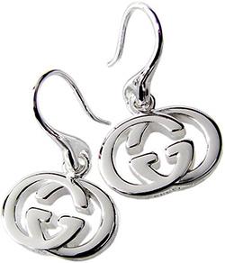 GUCCI グッチ フックピアスシンプルライン IERCEインターロッキングGGロゴプレートレディース アクセサリー 8106スターリングシルバーEarrings with interlocking G motif in sterling silver