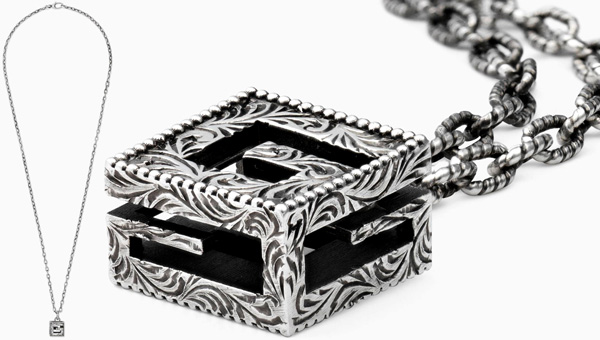 c81cdb6558a GUCCI Gucci pendant logo engraved models coins plate silver mens Womens  unisex 258565 J8400 8111 Palladium ageing process Sterling Silver 925  PENDANT ...