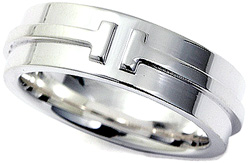 Tiffany&Co. ティファニーティートゥーリングスターリングシルバー925 指輪頭文字のTがぐるっと一周回ったデザインティファニーT TWO RINGシンプルラインでペアリングとしてオススメです