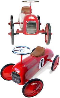 足蹴り乗用玩具 メタルレーサー フランス製METTAL RAER レッド ホワイト ナンバーワン子供用四輪車 ペダルカー&ライドオン [乗り物・乗用玩具]タイヤはラバータイヤが巻かれていてお部屋でのご使用にも床に傷がつきません。