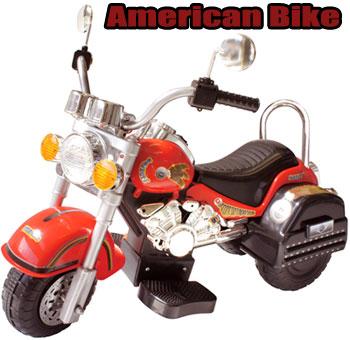 レッド×アメリカン 三輪電動モーターバイク両サイドのミラーが格好良い! オレンジアクセルペダルを踏むと進む簡単操作MOTOR AMERICAN CHPPER BIKE子供用電動乗用バイクアメリカンハーレタイプ