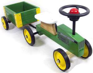 トラクター&ウッドトレーラーウッド素材のトラクターとトレーラーです!トラクターにお子様を乗せて,トレーラーにはスコップやバケツなど入れていざ、公園へ出発!トレーラーの容量は大きめなのでたっぷり乗せる事が出来ます