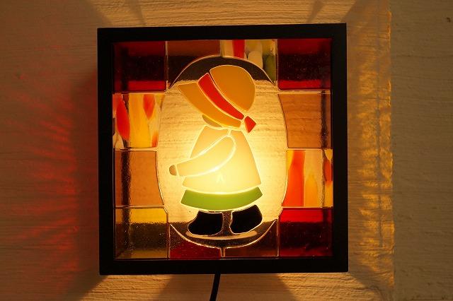 ブラケットシカク フュージング 女の子【ステンドグラス】【フュージングガラス】【インテリア】【照明】【ブラケット】【リフォーム】