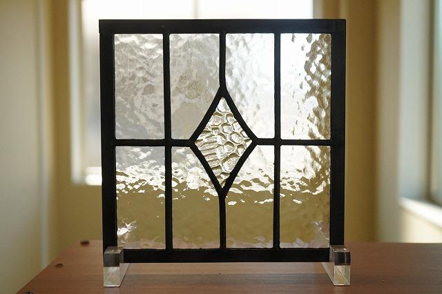 ステンドグラス パネル 住宅用 アールダイヤ 2種のクリア 18cm×18cm【ステンド 室内窓 壁埋め込み 小窓 カラーレス 明かり採り】