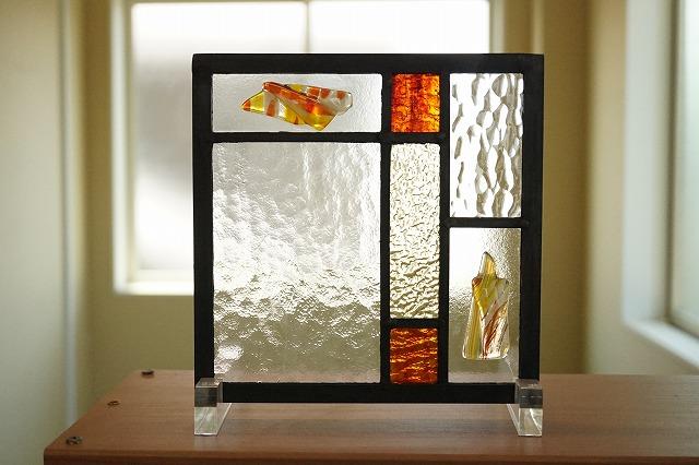 ステンドグラス 7つのガラス フュージングガラスINステンドグラス イエロー×レッド 18cm×18cm