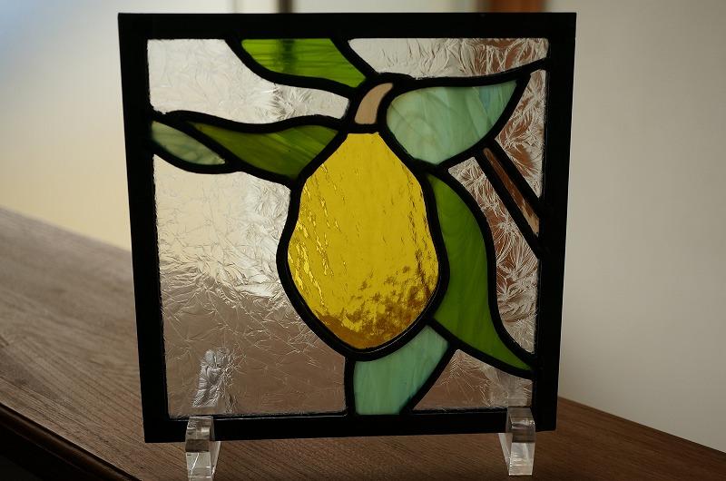 ステンドグラス 黄色の実 18cm×18cm