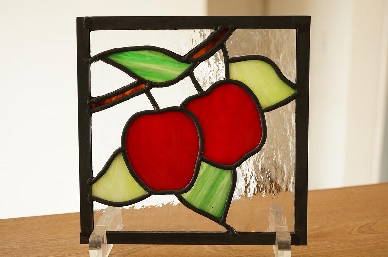 ステンドグラス リンゴ 18cm×18cm
