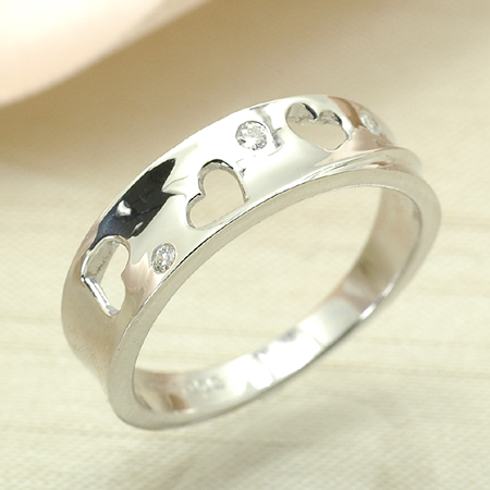 ラブリーハートが存在感のピンキー ピンキー リング ダイヤモンド 10金 ホワイトゴールド K10 WG 送料無料 ギフト プレゼント ジュエリー Xmas早割