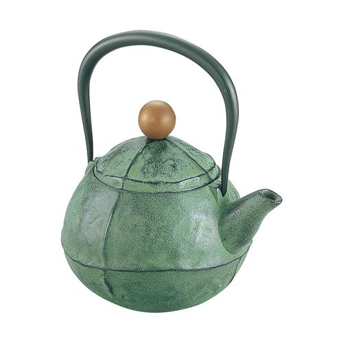 新作 IRON ラッピング無料 KETTLE暮らしに美しくなじむ 品格あるたたずまい 池永鉄工 む 鉄瓶くる グリーン