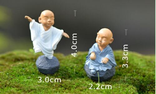 人形 テラリウムフィギュア ミニチュア 限定タイムセール ミニフィギュア ジオラマ コケリウム 正規激安 3.3cm イベント 3 4cm 約2.2 お坊さん4個セット