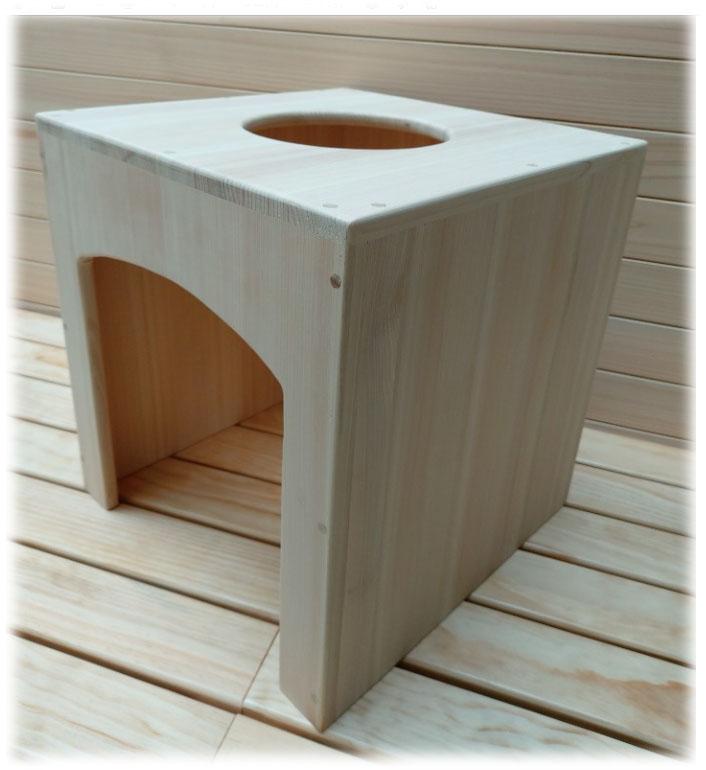 フィンランド サウナ式、ヒノキヨモギ蒸し椅子、接着材の木のヨモギ蒸し椅子が不安ならヒノキのヨモギ蒸し椅子