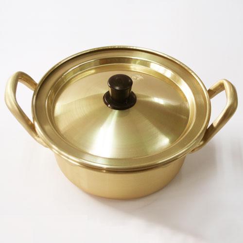 とにかく火の通りがよいふたを小皿代わりに使って食べると熱さも和らぎます 日本産 ちょうど一人前分鍋 韓国 ラーメン鍋 14cm 初売り アルミ製
