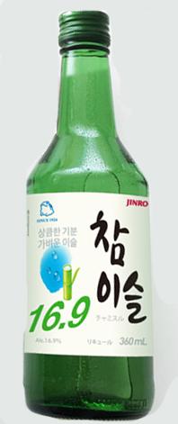 アルコール分が16.9度だから気軽に楽しめます 飲み方は韓国式に冷やしてストレートがおすすめ ほのかな甘みが韓国料理にはもちろん和食にもぴったり 日時指定 宅送 NEW チャミスル 360ml16.9度 韓国焼酎 眞露