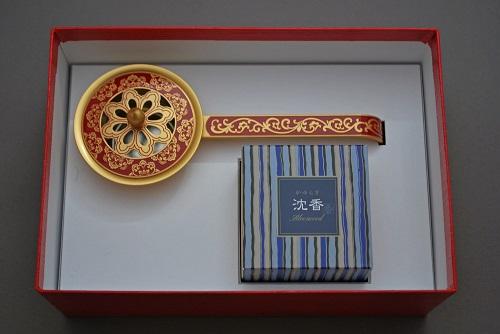 [並行輸入品] 唐草彫豆柄香炉 赤 日本香堂 限定品 コーンタイプ12個入 沈香