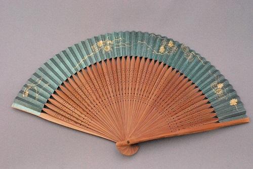 京風庵大むら 婦人用京扇子六寸五分手描和紙扇子45間短地(玉虫) 花筏
