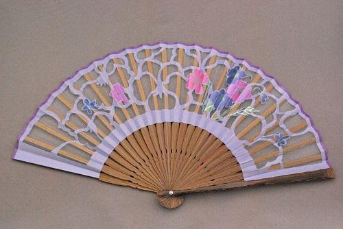 京風庵大むら 婦人用京扇子七寸和紙切り絵貼り絹扇子 きょうちくとう(藤)