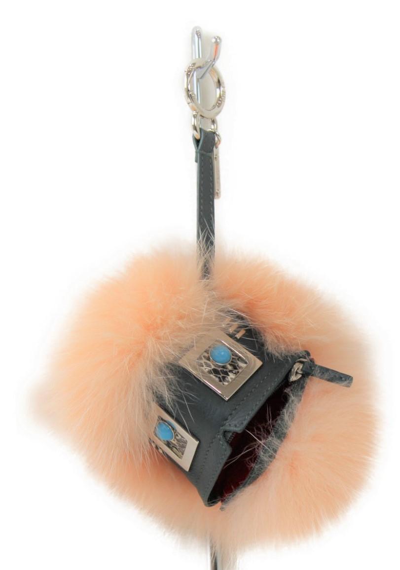 【未使用品】【箱あり】FENDI フェンディ バッグチャーム BAG BUGS バグズ PALMSPRING ピンク系 7ar545 sq0 f07f0 レディース メンズ 人気 原宿系 【中古】