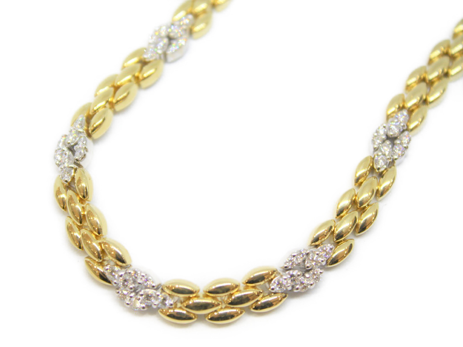 K18 ダイヤモンド デザイン ネックレス750 ダイヤ ペンダントゴージャス 綺麗 キレイ女性 レディース 大人 上品 ジュエリープレゼントにいかがですか?ギフト包装可 【中古】