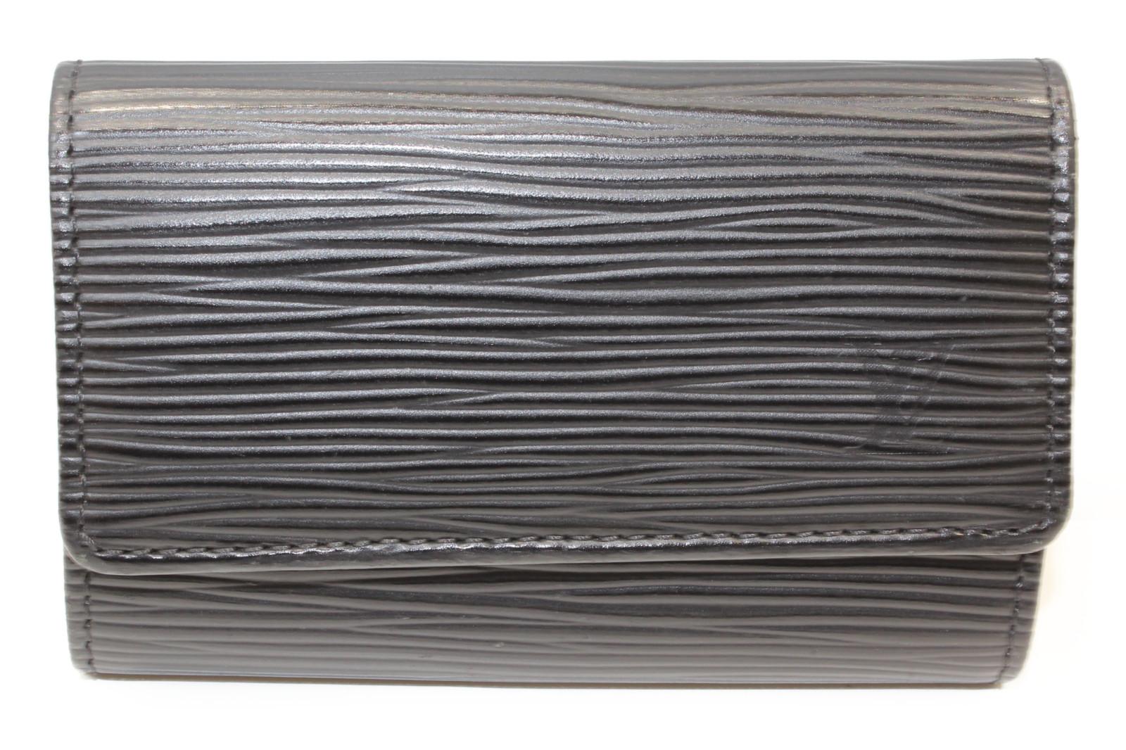LOUIS VUITTON ルイヴィトンミュルティクレ6 M63812エピ ブラック6連キーケースプレゼント包装可 【中古】