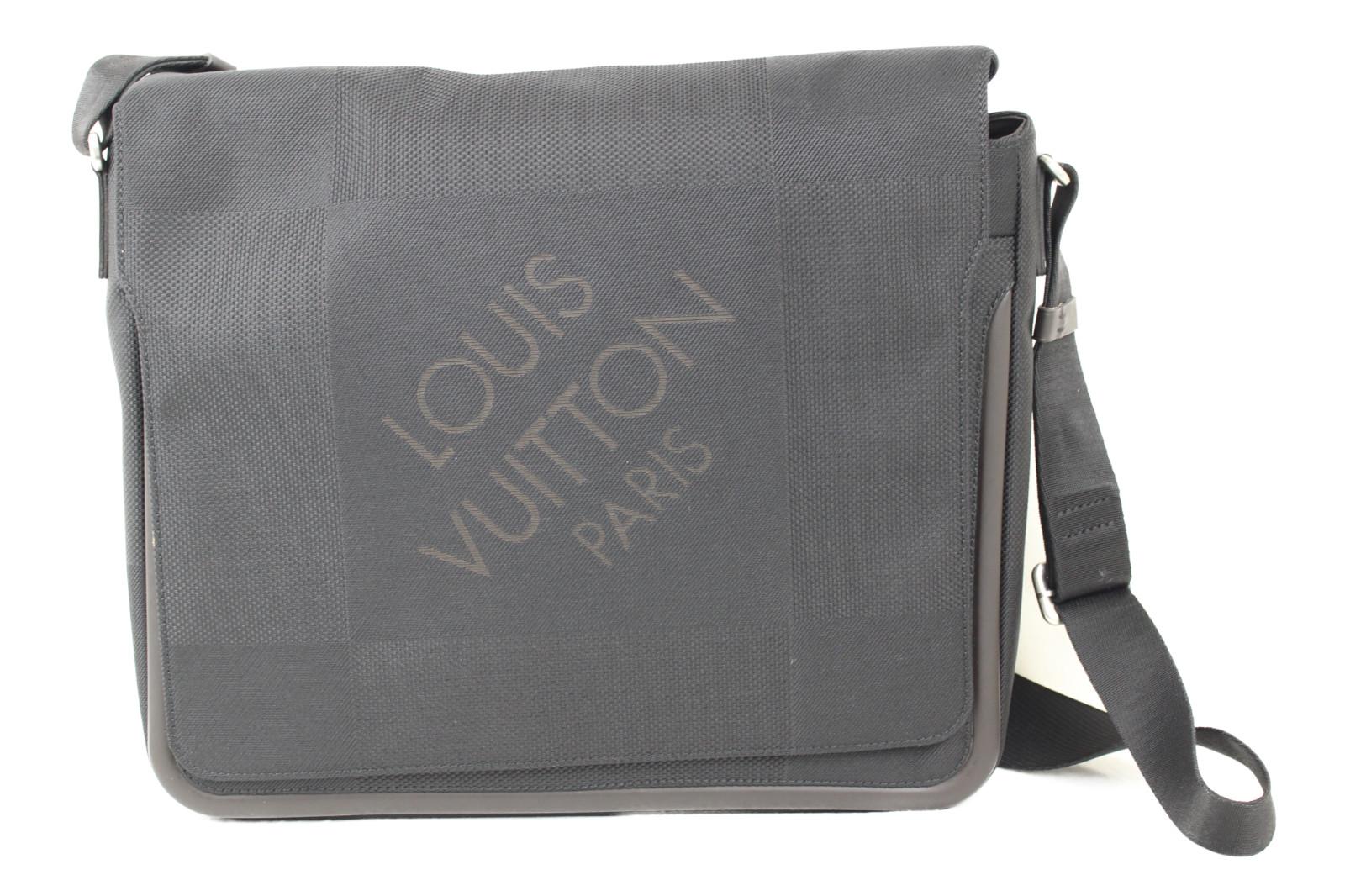 【珍しい!】LOUIS VUITTON ルイヴィトン メサジェ M93032 ダミエジェアン/ブラック キャンバス メンズ レディース ウィメンズ ユニセックス ブランド ショルダーバッグ 大きい 斜め掛け【中古】