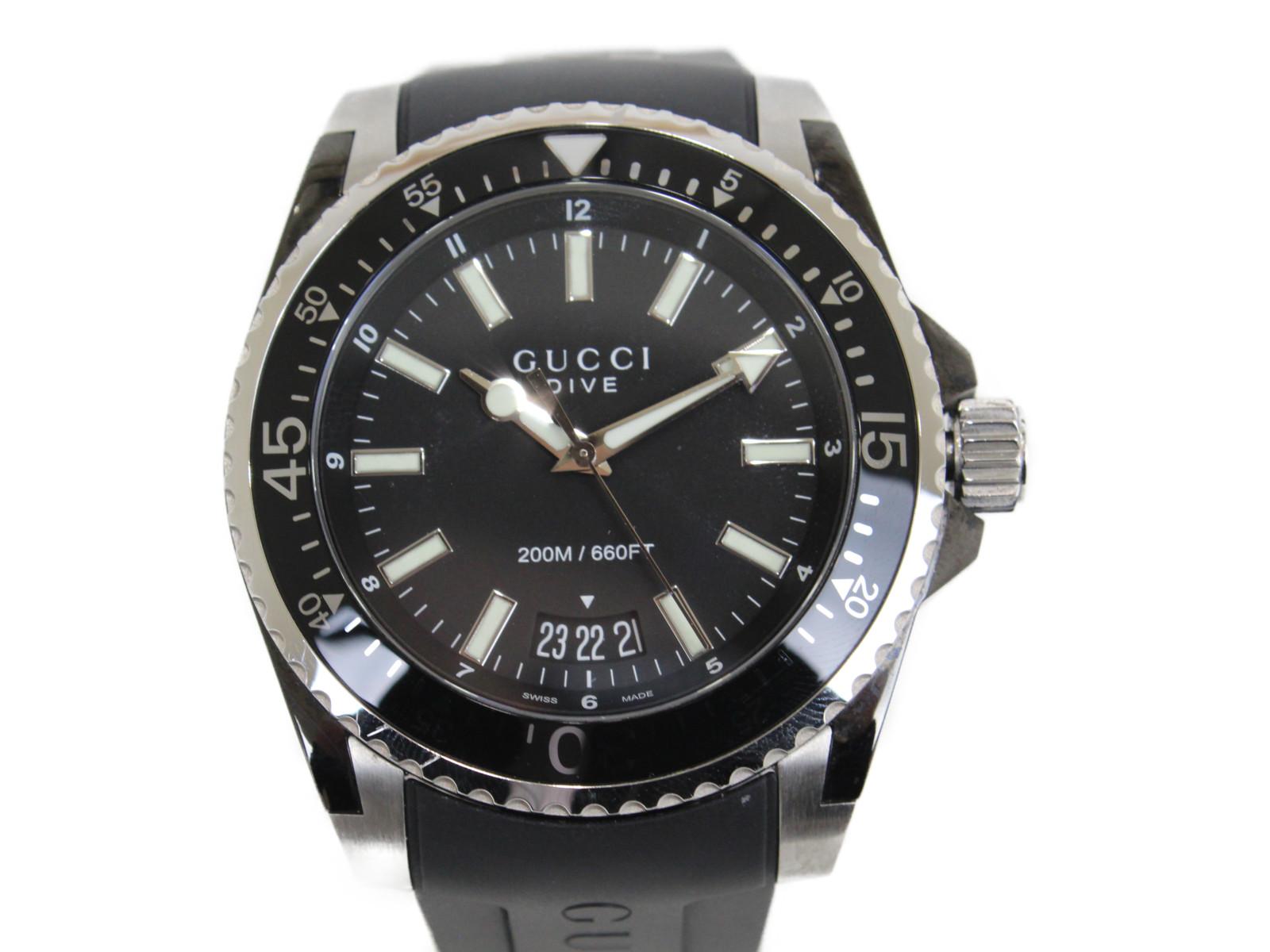 GUCCI グッチ グッチダイブ YA136204 クオーツ デイト表示 ラバーストラップ ブラック メンズ 腕時計 おしゃれ 【中古】