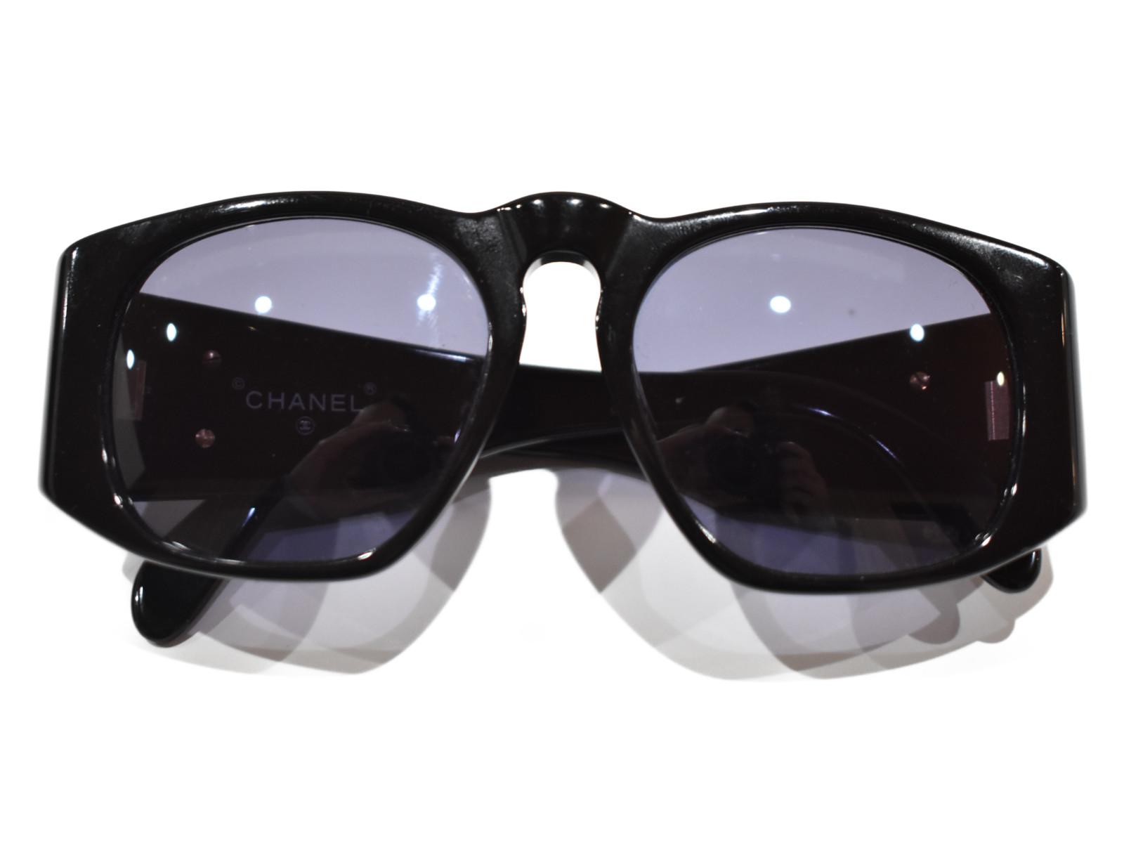 【箱・布袋あり】CHANEL ヴィンテージ マトラッセ サングラス ブラック ココマーク レディース メンズ ユニセックス 【中古】