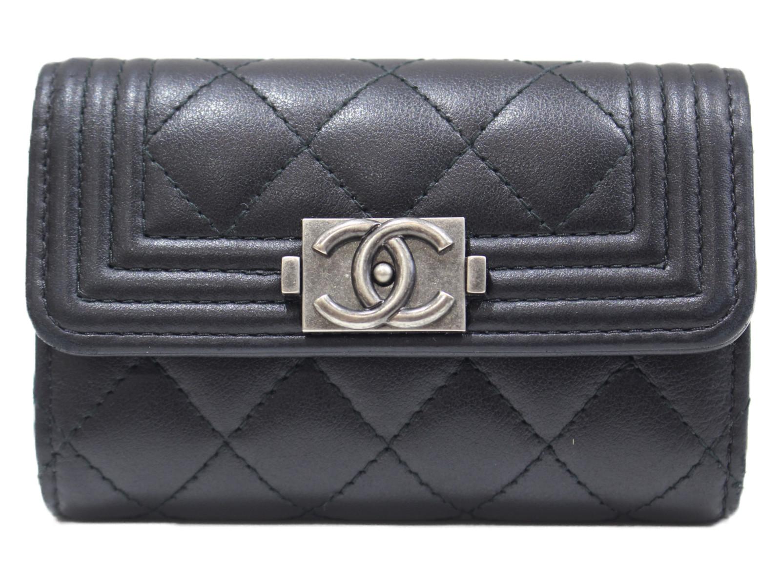 箱 布袋 ギャラあり 特売 CHANEL 4連キーケース 出色 A81241 ボーイシャネル プレゼント包装可 カーフスキン レディース ブラック シンプル キーケース 中古
