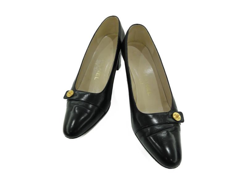 CHANEL シャネル レザー パンプス 靴 ココマーク ボタン アーモンドトゥ 6.5cm ブラック/ゴールド レディース【中古】