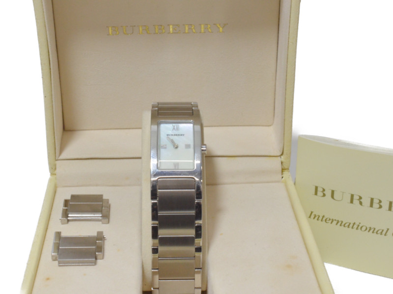 BURBERRY バーバリー 14000L クオーツウォッチ 腕時計 シェル文字盤 日常生活防水 シルバー/ホワイト レディース【中古】
