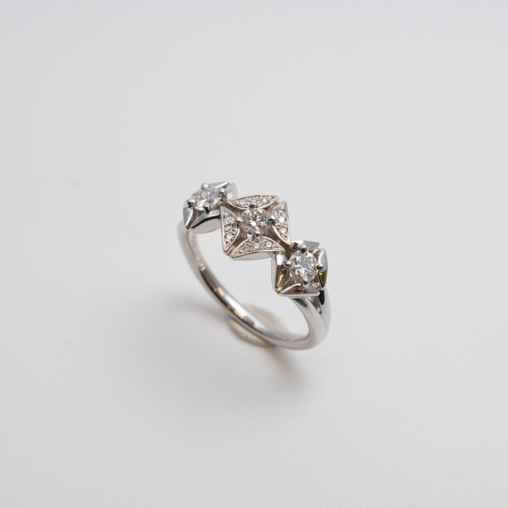 FOREVERMARK フォーエバーマーク エターナルコレクション トリロジー セミパヴェ リング 指輪 Pt900 プラチナ ダイヤモンド 0.43ct/0.04ct 13号【中古】【送料無料】