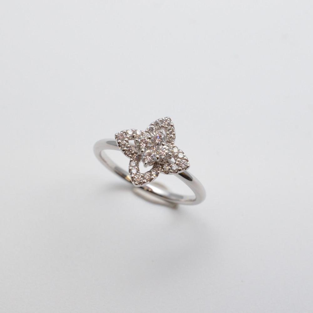 K18WG ホワイトゴールド ダイヤモンド リング 指輪 フラワーモチーフ 11号【中古】【送料無料】
