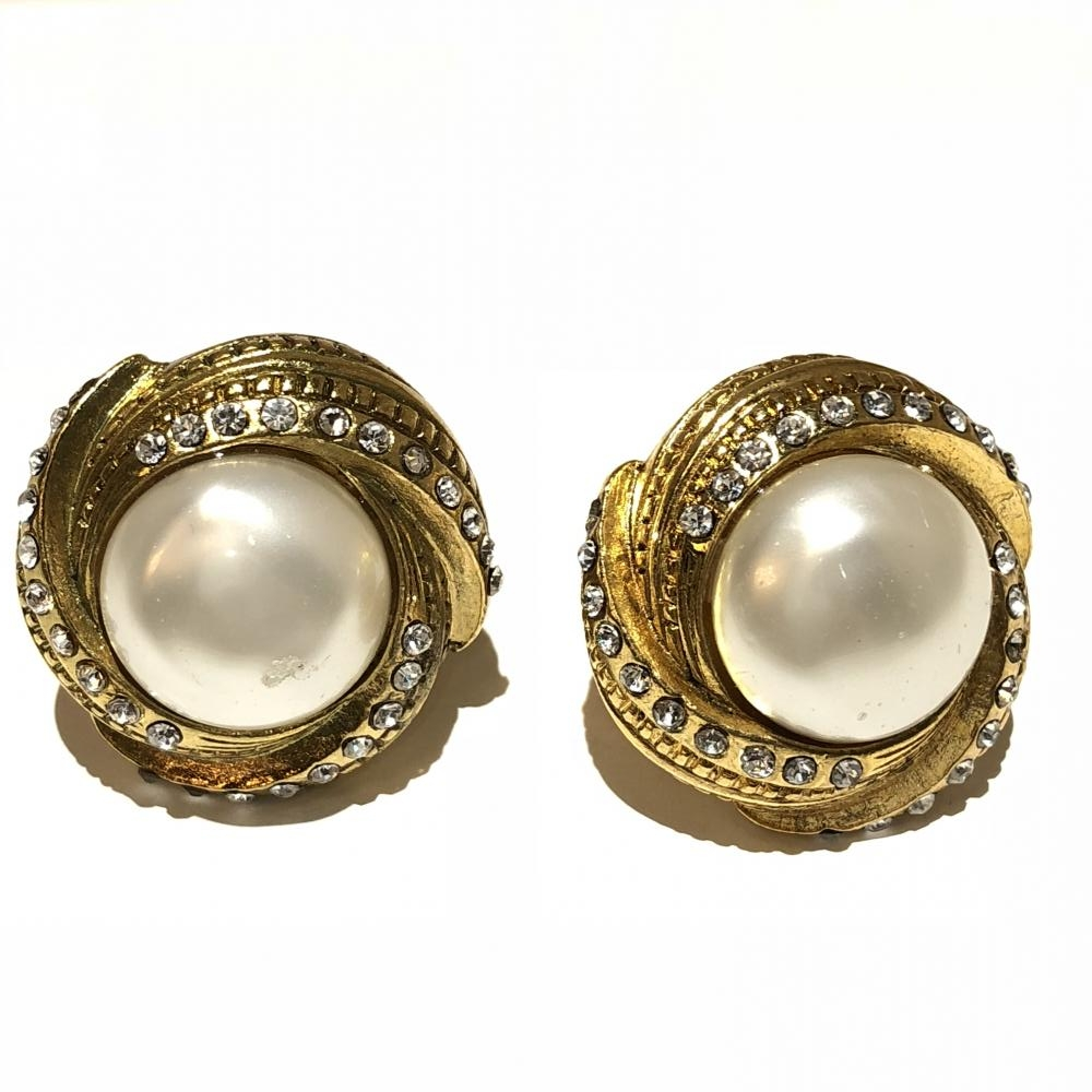 503750caa ... Fake Pearl Gold Metal Ings Lady S Stone Earring Box. Kanteikyoku  Nagoyanishiki Management Yh1886 With The Chanel
