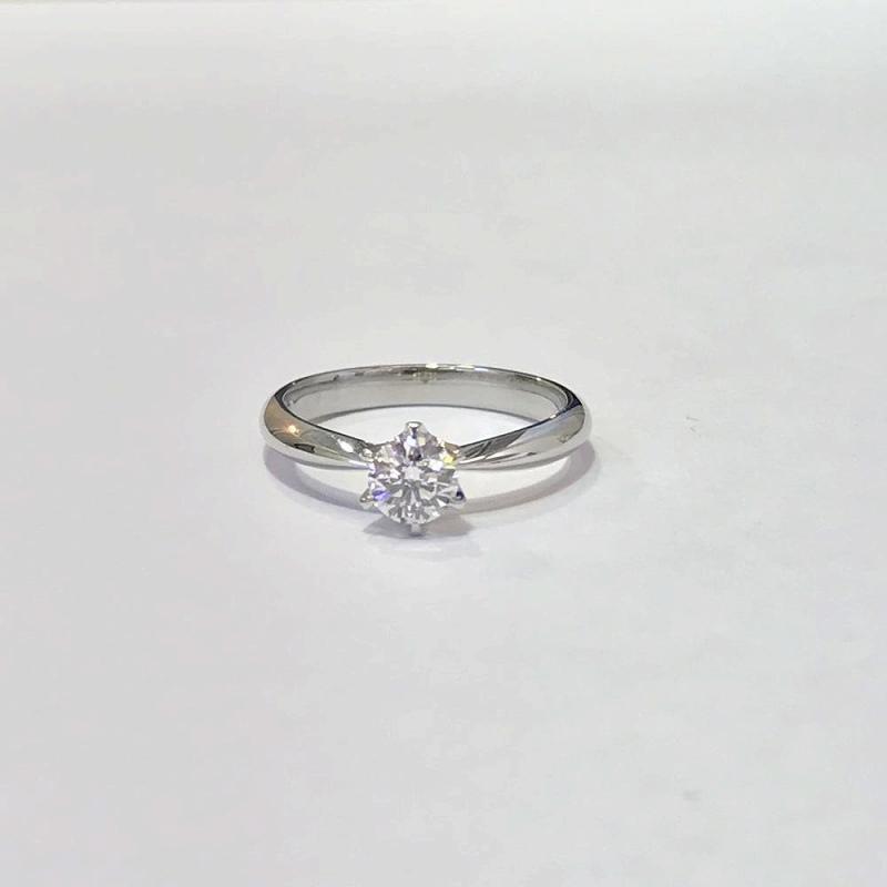 プラチナ リング/PT900 D0.408ct ダイヤモンド 指輪/サイズ9号 D、VS2、EX 中古 管理EM
