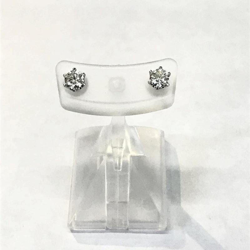 プラチナ Pt900/ ダイヤモンド ワンポイント ピアス D0.267/D0.260ct 中古 美品 管理EM1438