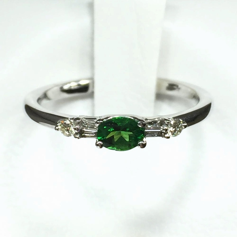 天然グリーンガーネット ダイヤモンドリング ホワイトゴールド G0.12ct メレダイヤ0.4ct 8号 1.7g 中古 ジュエリー 指輪 管理YI2496