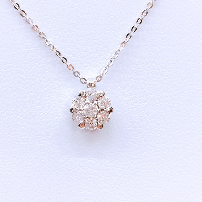 K18 WG ダイヤモンド D0.30ct ダイヤ フラワー ネックレス 約2.7g/約45cm  金 アクセサリー K 4月誕生石 【中古】