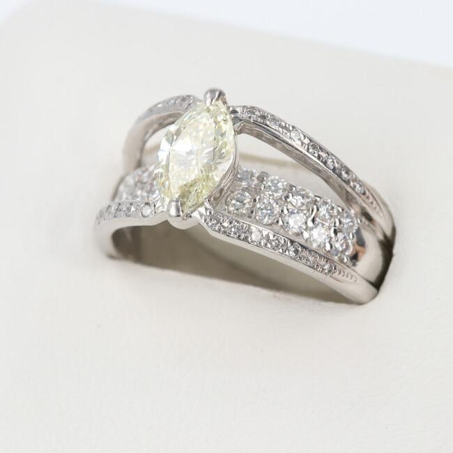 PT900 ダイヤモンド付リング D1.016ct D0.60ct 約8.3g/約13.5号 マーキスカット ダイヤモンド  レディース 【中古】