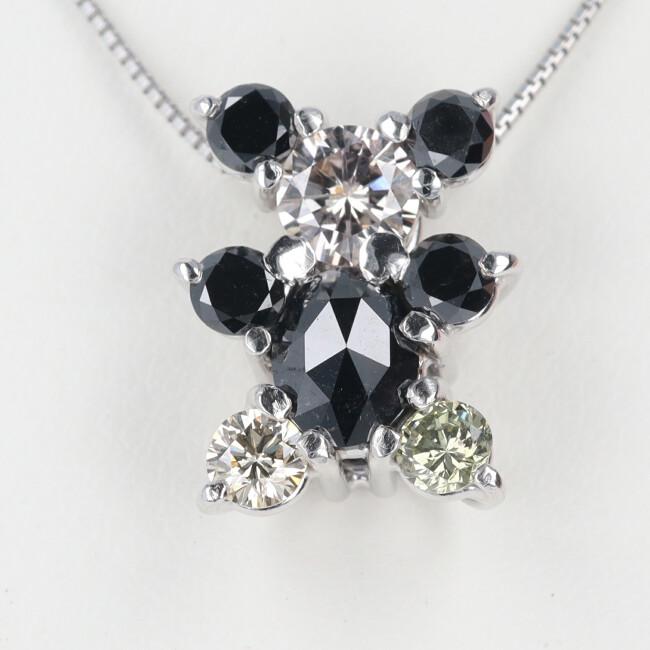 K18WG ブラックダイヤ ダイヤモンドネックレス クマモチーフ ダイヤモンド付ネックレス D1.19ct 約3.4g 約45cm 熊 ベア ホワイトゴールド 送料無料 新品 贈り物 レディース 女性 プレゼント 可愛い 中古 ネックレス ブラックダイヤモンド h 豪華 ギフト オンラインショップ