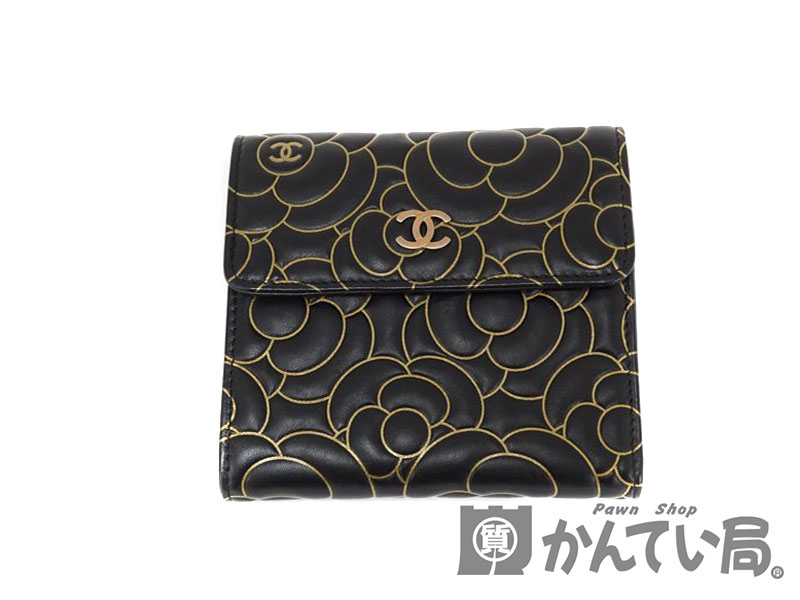 finest selection ad753 db9f6 CHANELA82294 three fold wallet lambskin black X gold paint camellia type  push pink gold color metal fittings Lady's wallet USED-8 pawnshop ...