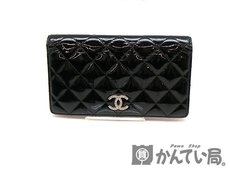 free shipping 326ff ae2fa CHANEL【シャネル】A48691 二つ折り長財布 パテントレザー 財布 ...