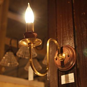 照明 ろうそく ロウソク 壁用 おしゃれ 北欧 アンティーク レトロ かわいい インテリア 送料無料 壁 室内 壁付け ウォールランプ ウォールライト ブラケット ライト 灯具 室内照明 ブラケットライト ガラス 日本製